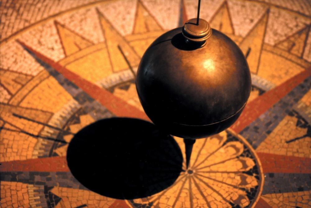 pendulum-828641_1280 2